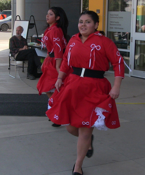 these sisters performed different styles of metis jigs paula e kirman